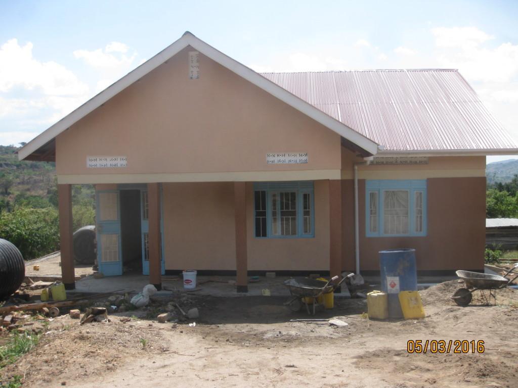 Uganda maternity clinic