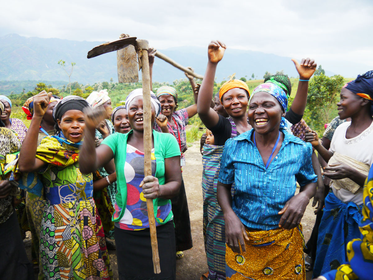 Women celebrate in the DRC.