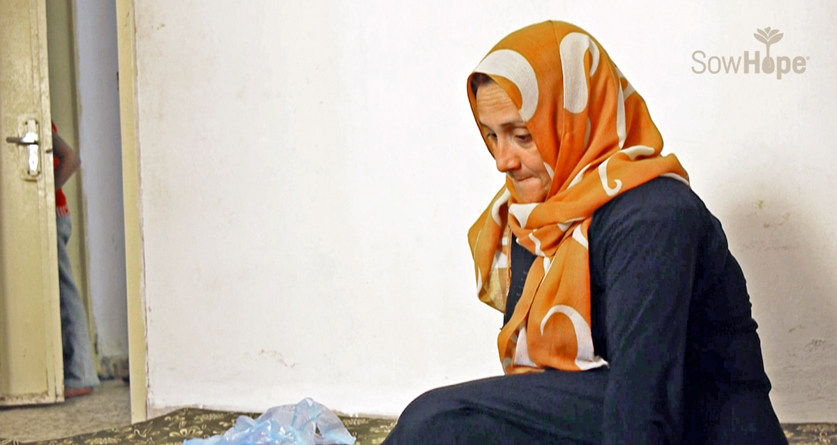 Syrian woman refugee